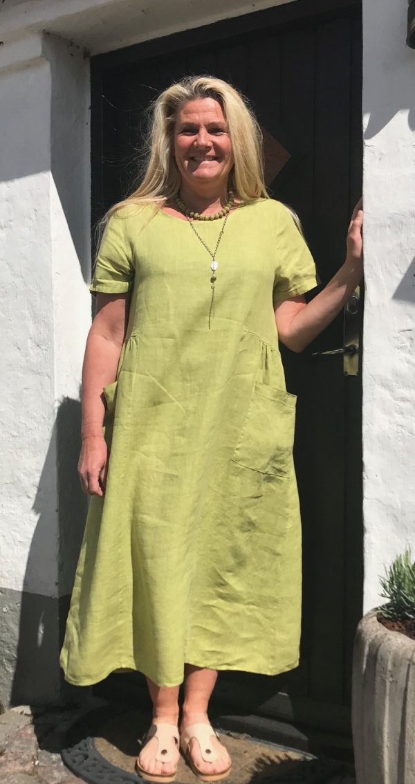 Lime grøn hørkjole