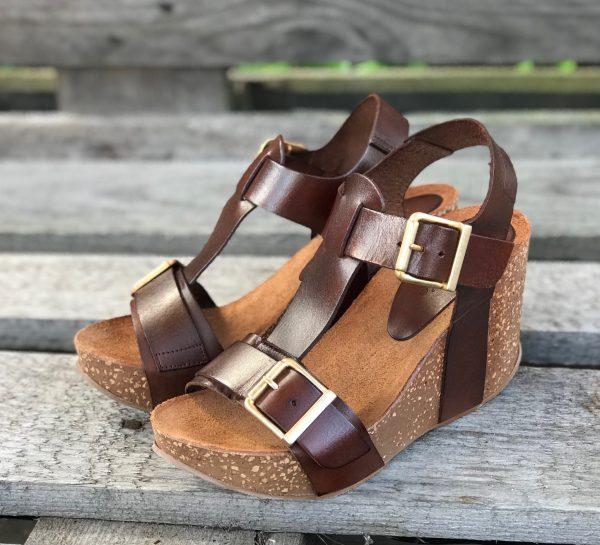 amust brun sandal