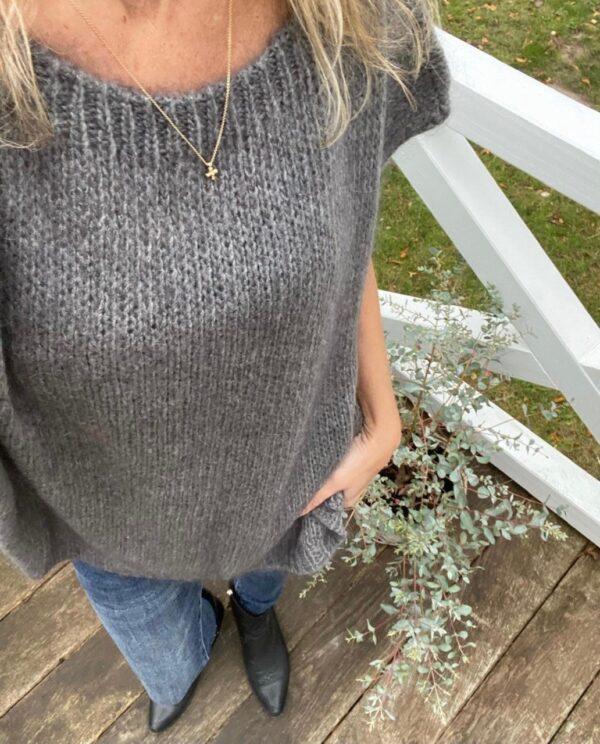 grå vest piro